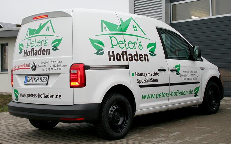 VW Caddy mit Folienbeschriftung