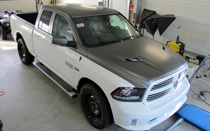 Teilfolierung Dodge Ram